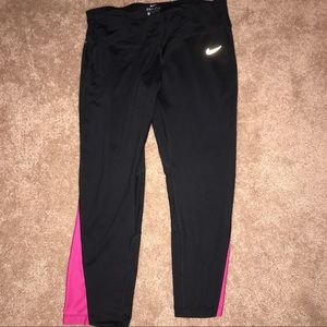 🆕Nike Crop running leggings